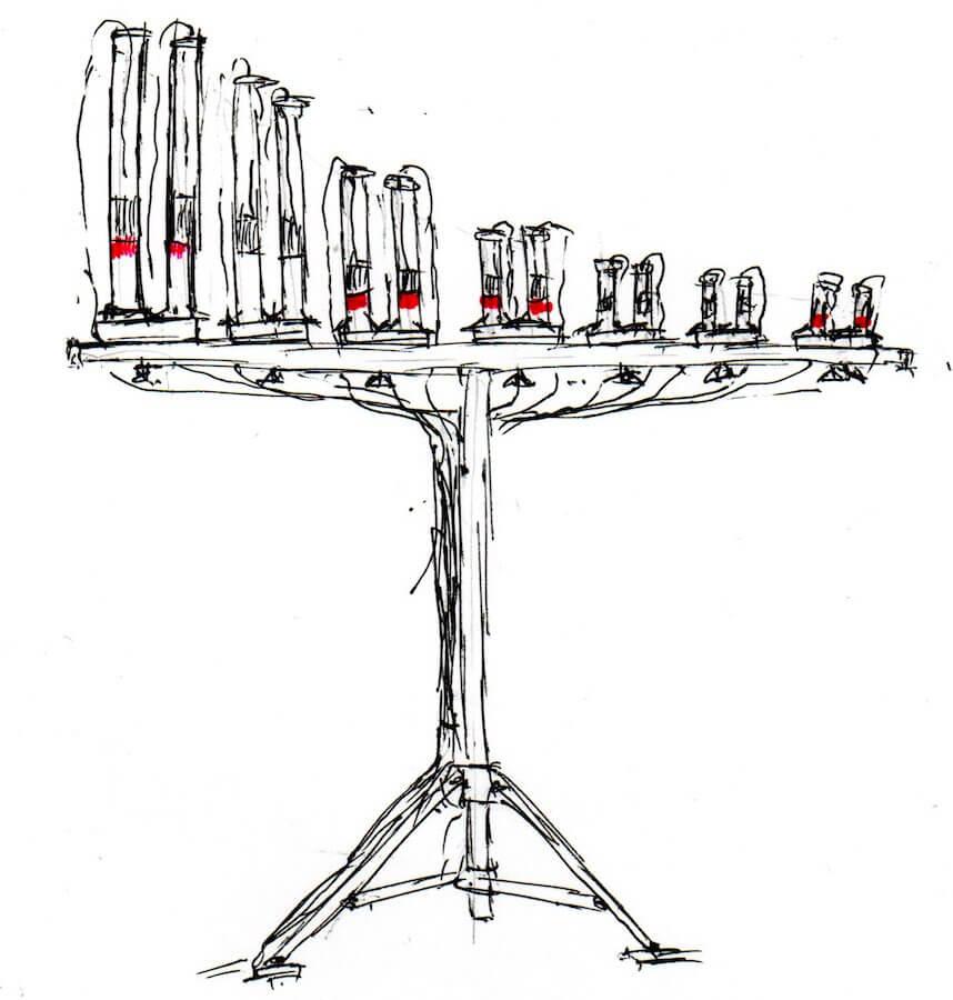 Dessin en noir sur fond blanc montrant une barre horizontale sur pied portant 14 tubes verticaux de taille décroissante où l'on voit , pour certains, une lumière rouge